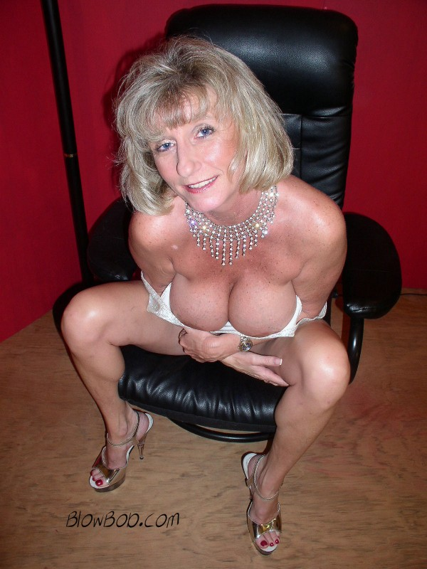 Bubble boobed, swinger mom, Susan
